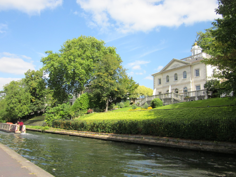 After picturesque Little Venice and a quick cafe-stop, we trek from the waterside mansions of Regent's Park