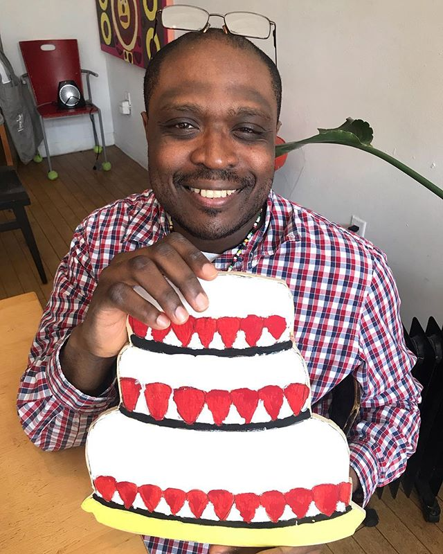 #kenyahanley and his strawberry wedding cake