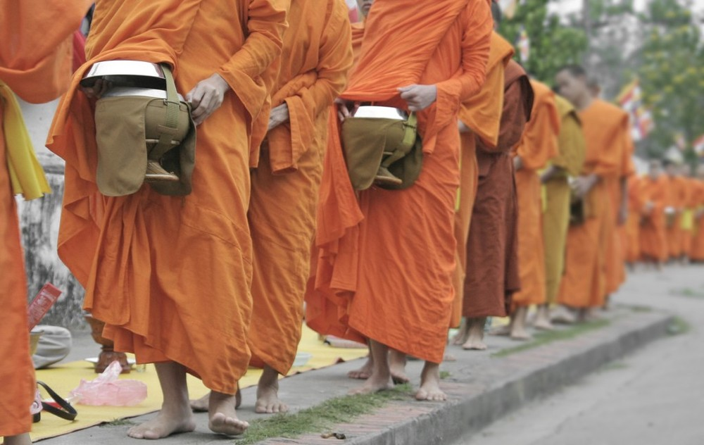 Monks-with-bowls-1024x647.jpg