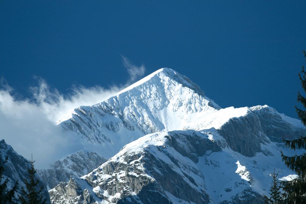 mountain_highres.jpg