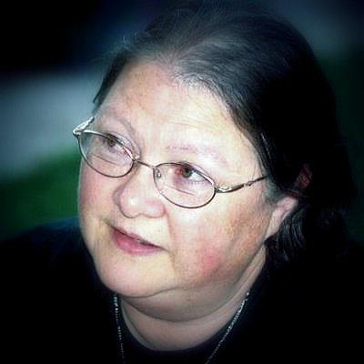 Lynne Cantwell.jpg
