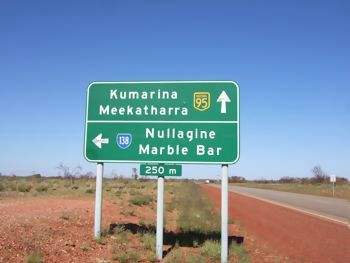 nullagine-turn-off.jpg