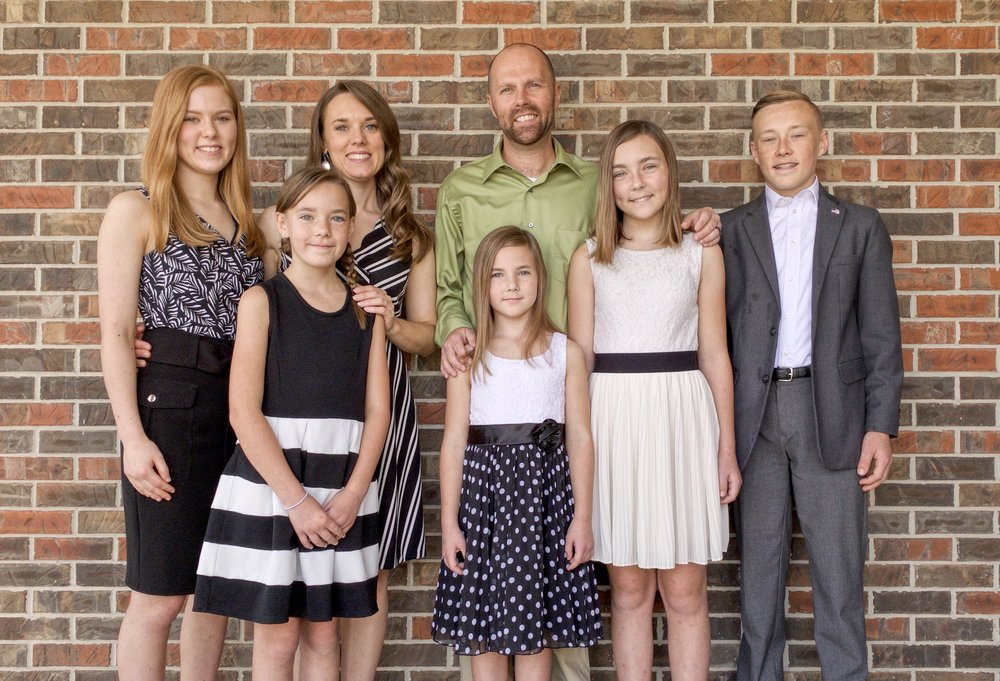 Pastor Steve Grissom and family