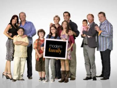 Modern-Familytigtlecard.jpg
