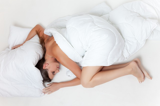 4 Hacks For The Best Night's Sleep