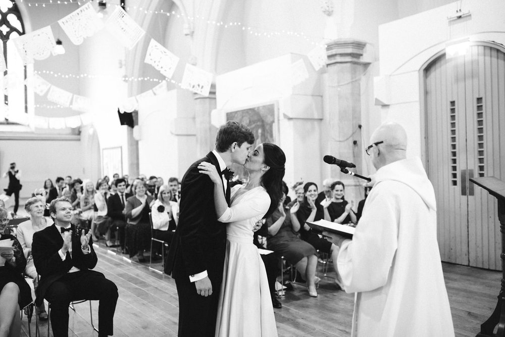 St-JOHN-Wedding-London-photography-150.jpg