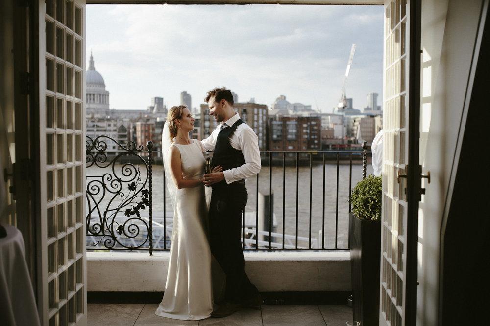 Shakespeare-globe-wedding-398.jpg