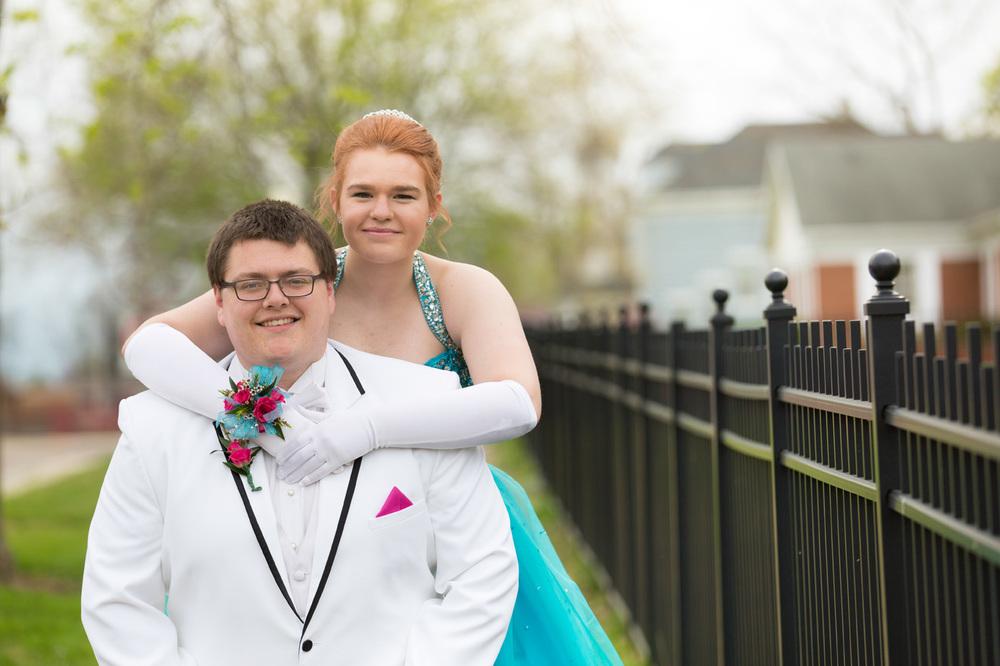 Garrett & Helen Prom 2014 134.jpg