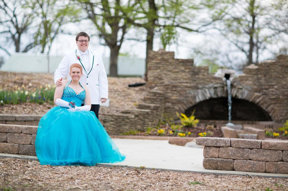 Garrett & Helen Prom 2014 172.jpg