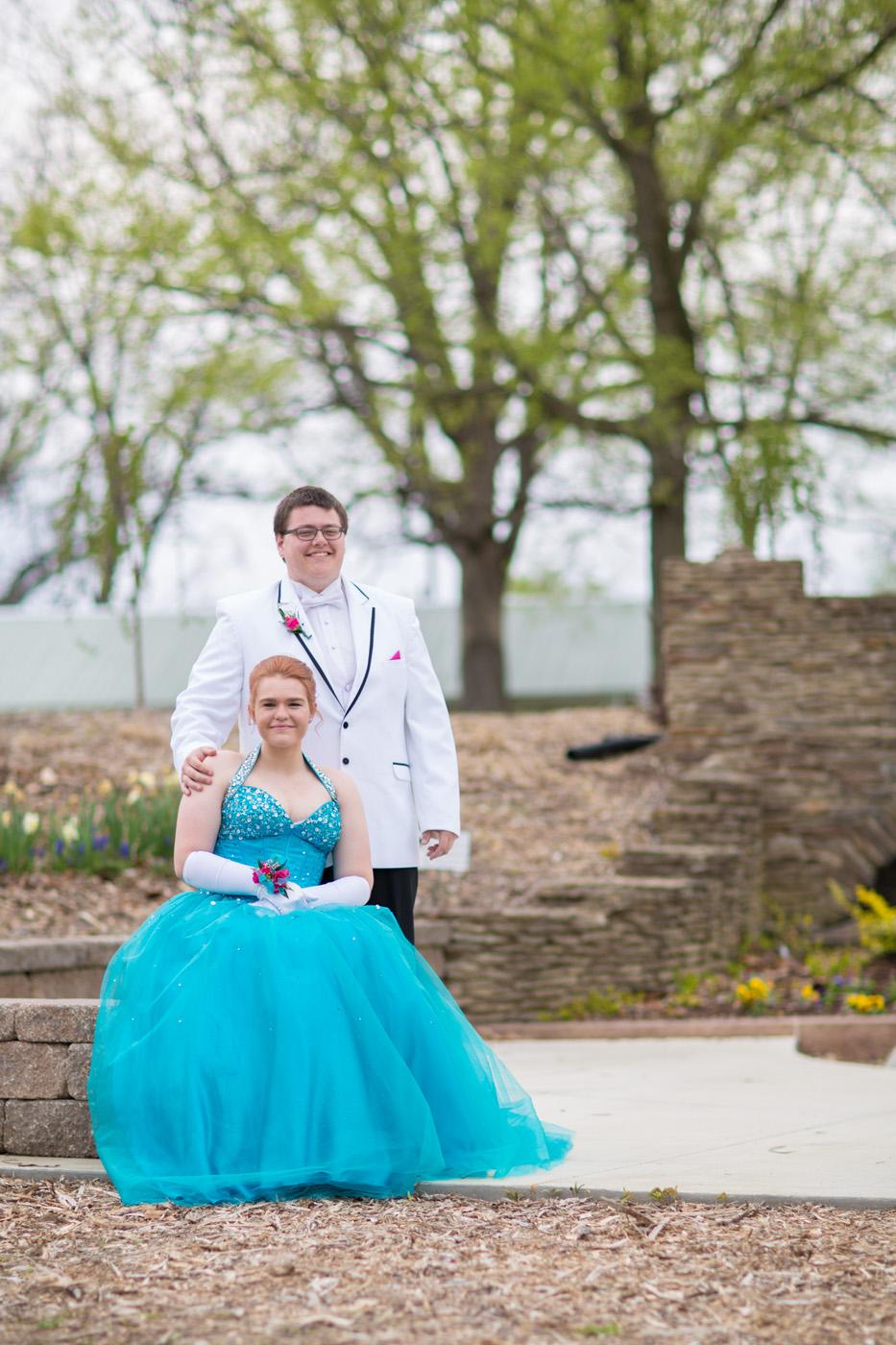 Garrett & Helen Prom 2014 174.jpg