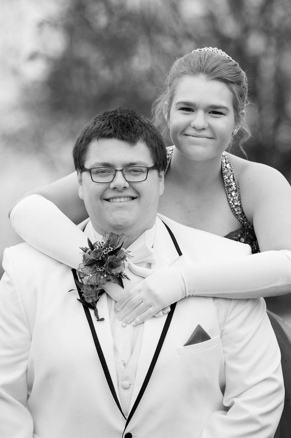 Garrett & Helen Prom 2014 137.jpg