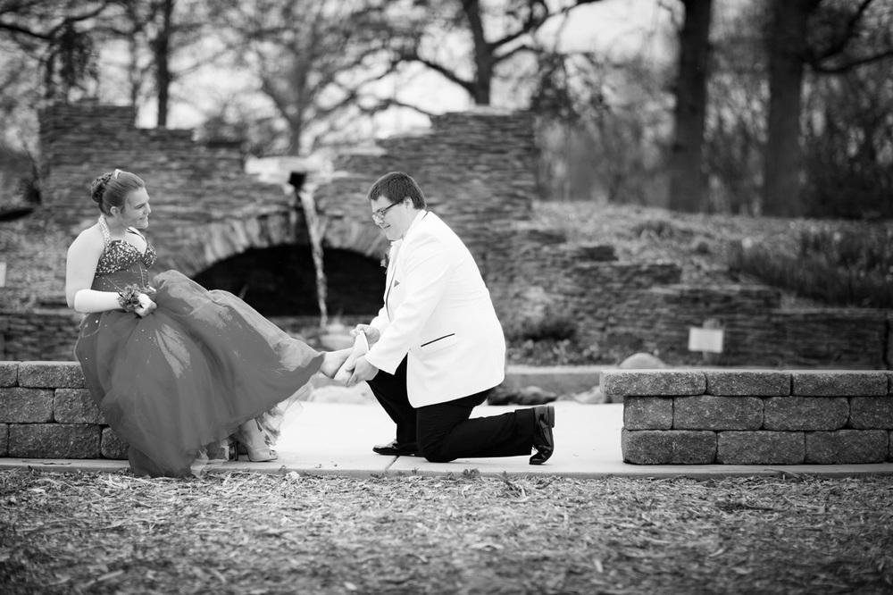 Garrett & Helen Prom 2014 180.jpg