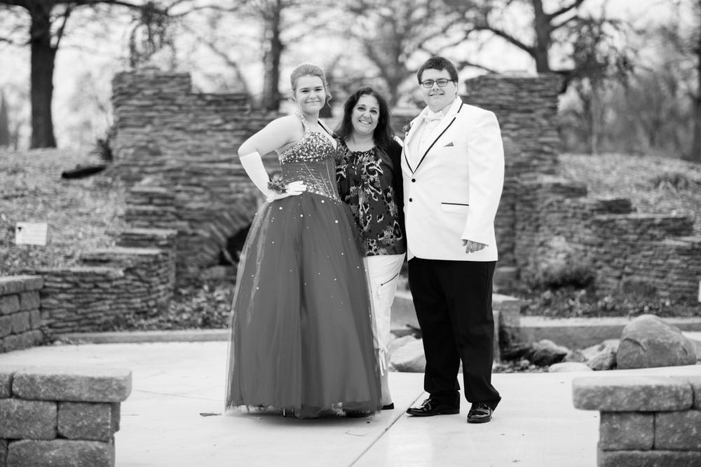 Garrett & Helen Prom 2014 214.jpg