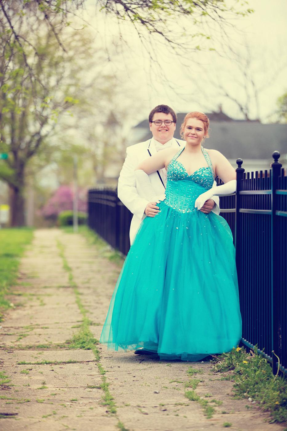 Garrett & Helen Prom 2014 115_1.jpg