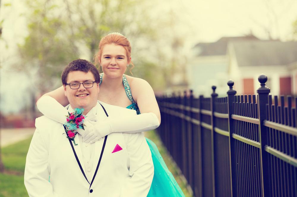 Garrett & Helen Prom 2014 134_1.jpg