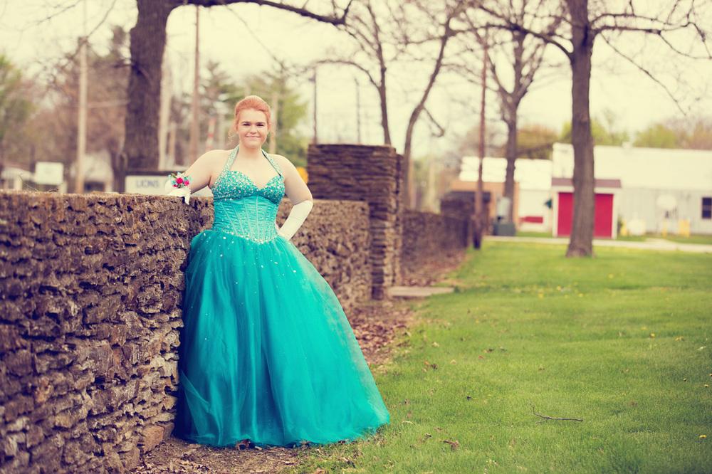 Garrett & Helen Prom 2014 163_1.jpg