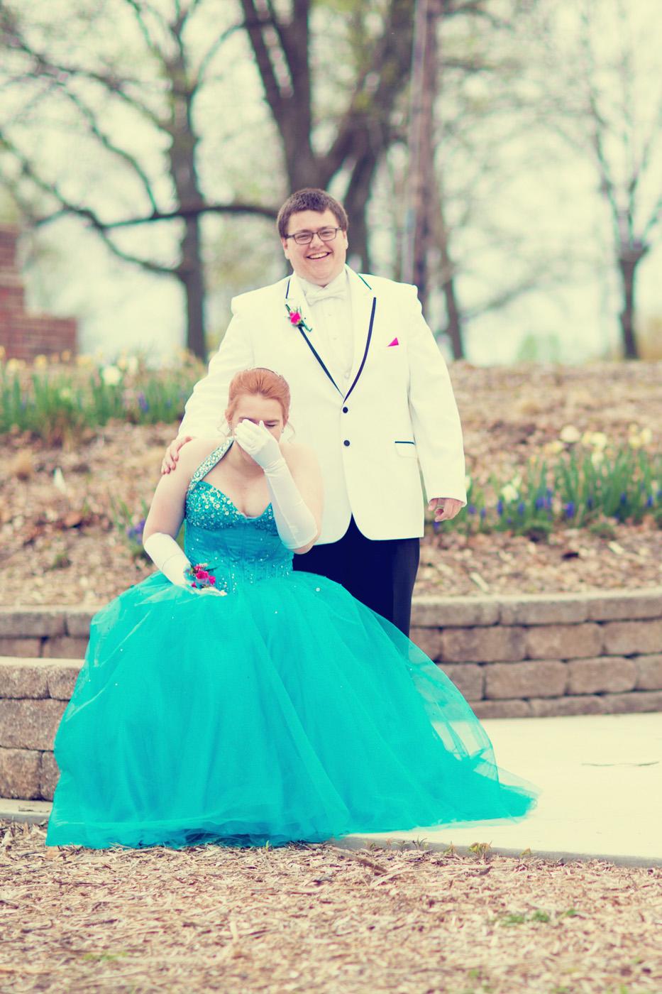 Garrett & Helen Prom 2014 166_1.jpg