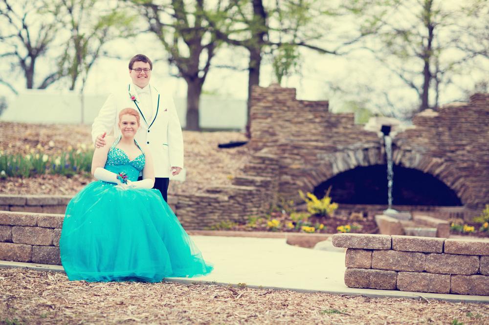 Garrett & Helen Prom 2014 172_1.jpg