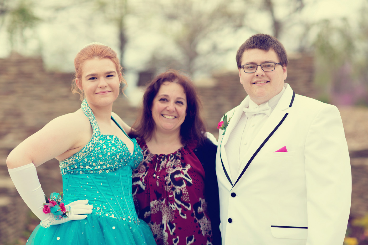 Garrett & Helen Prom 2014 217_1.jpg