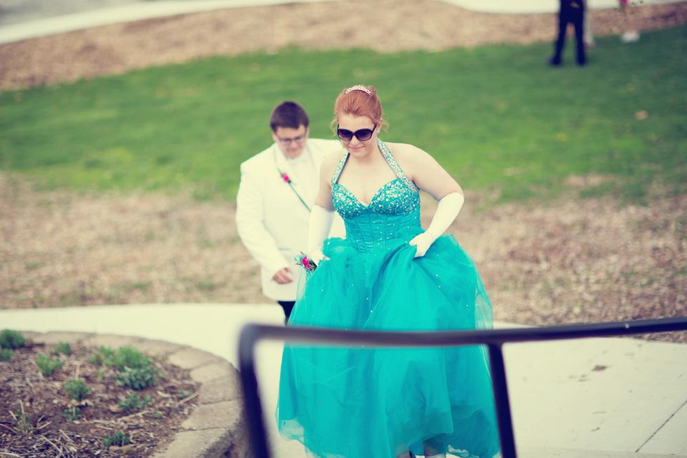 Garrett & Helen Prom 2014 261_1.jpg