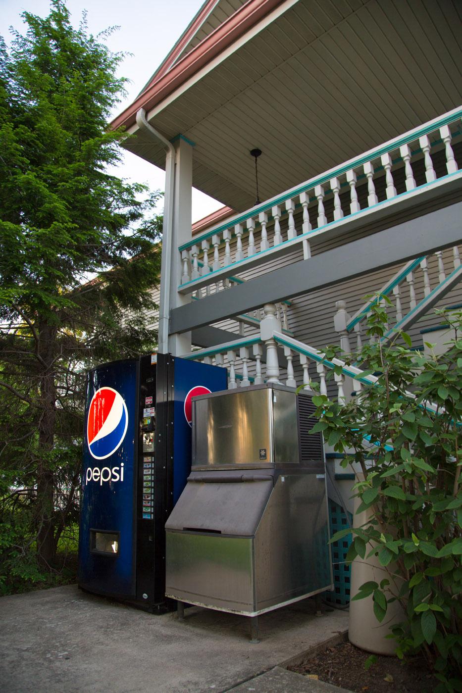 Shelby Inn 087.jpg