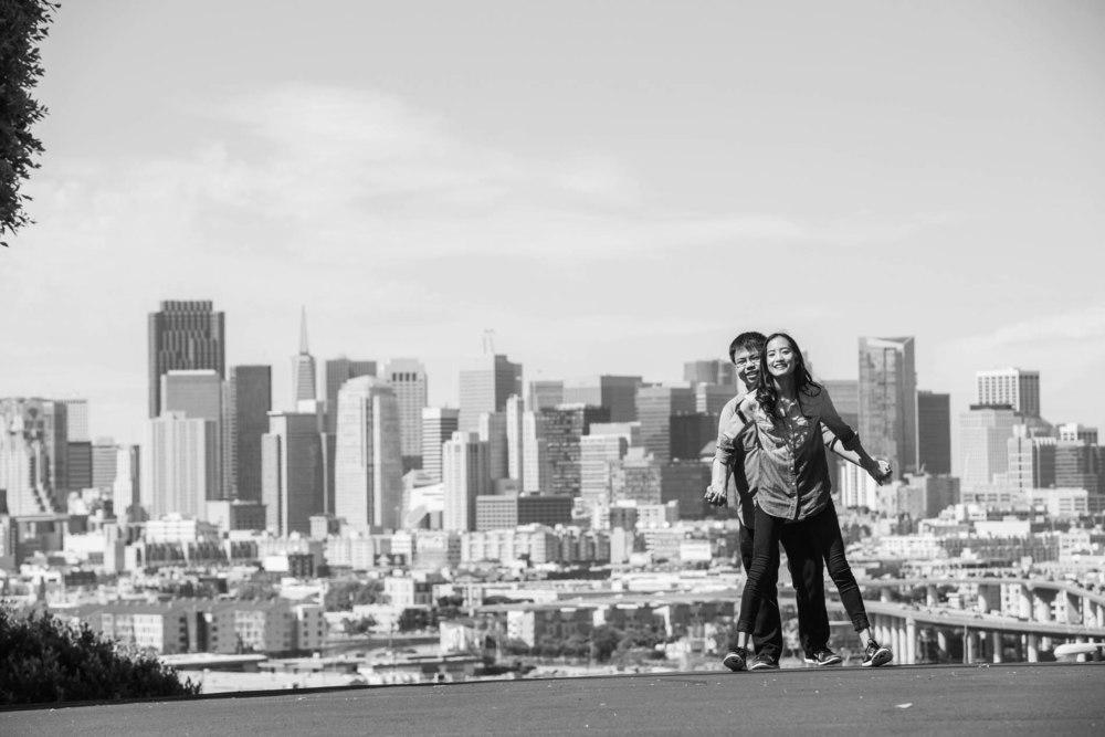 Sheng & Vanessa Engagement 180_1.jpg