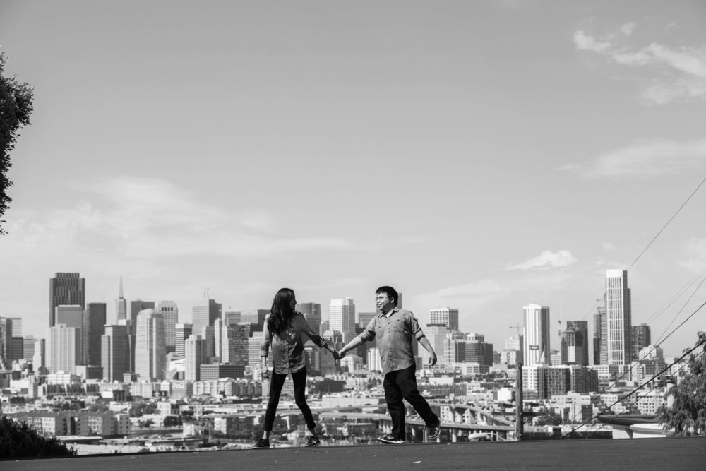 Sheng & Vanessa Engagement 207_1.jpg