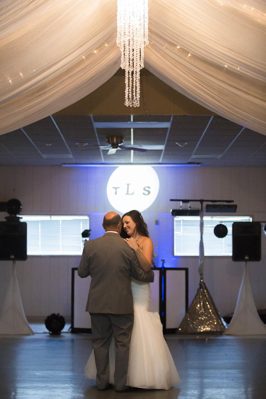 Lucht Wedding 5d 2151 (2).jpg