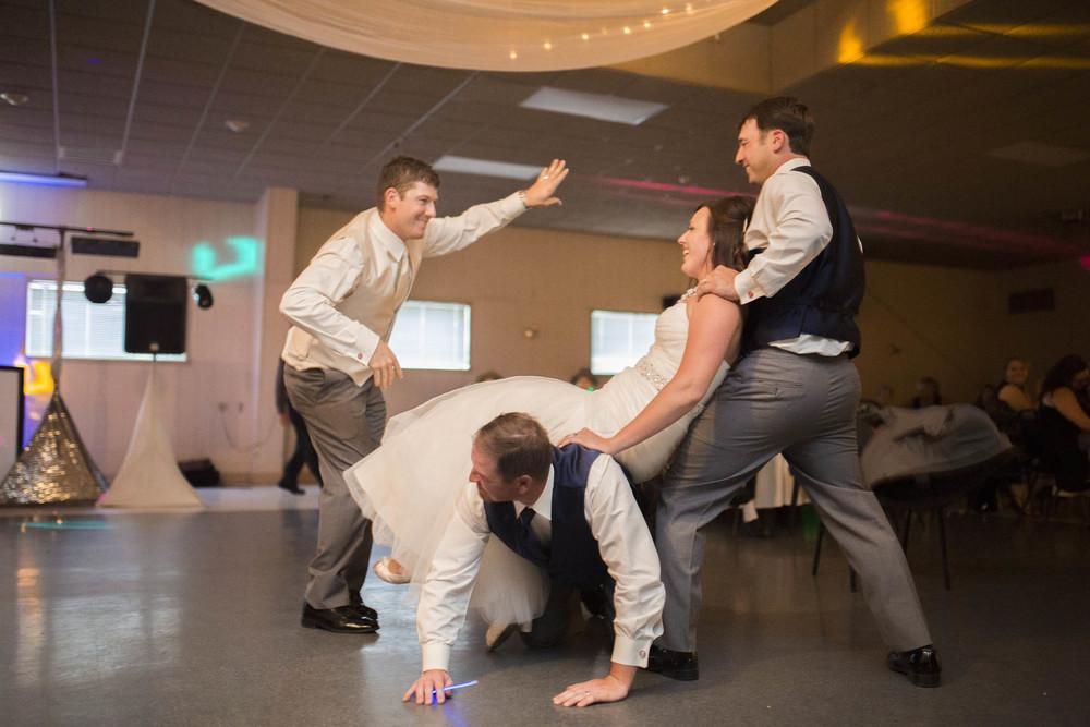 Lucht Wedding 5d 2276 (2).jpg