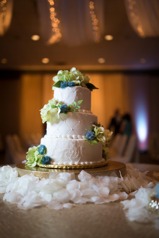 Schultz Wedding 5D 2354.jpg