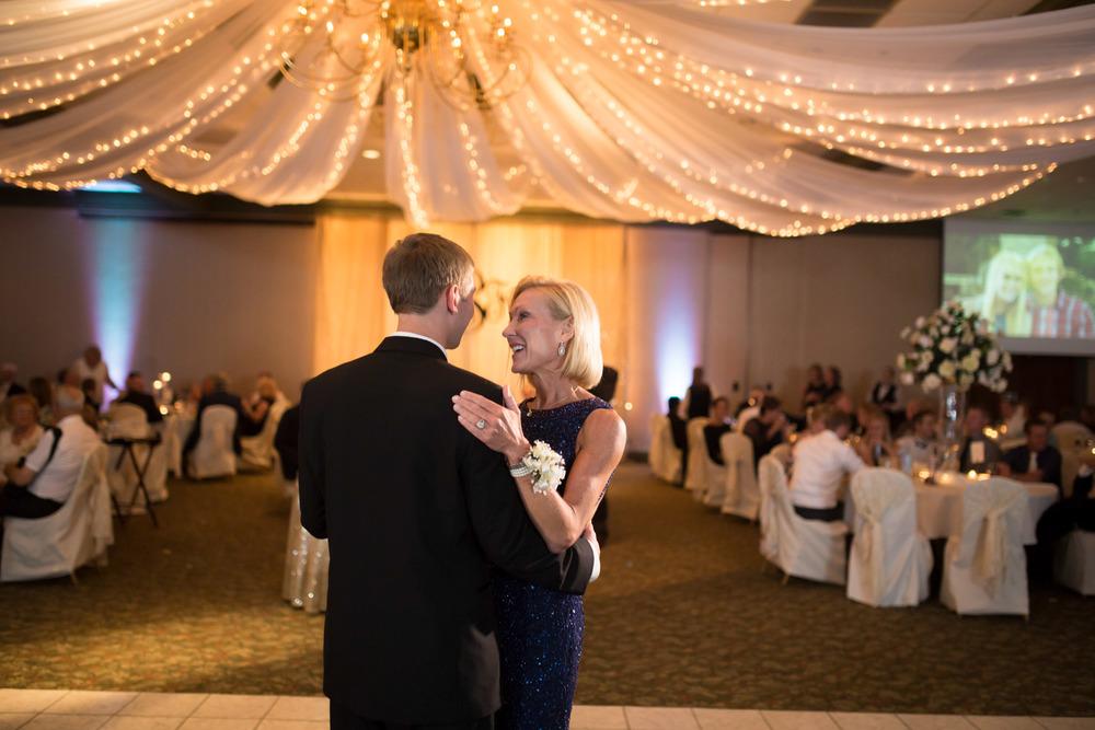 Schultz Wedding 5D 2945.jpg