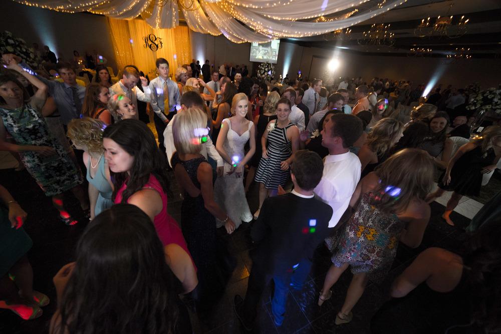 Schultz Wedding 5D 3233.jpg