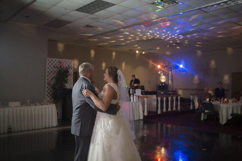 Page Wedding 5D 1456.jpg