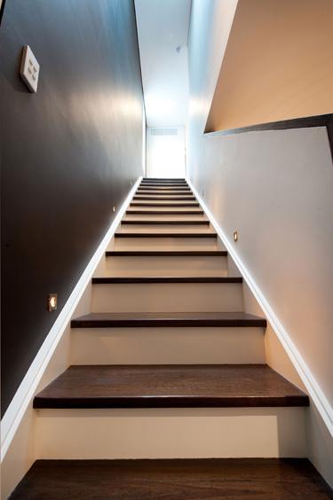 B2_stairs_1.jpg
