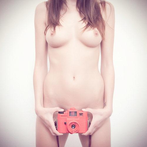 naked-model-holga-camera.jpg