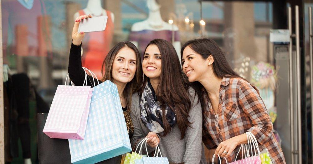 shopping selfie FB.jpg