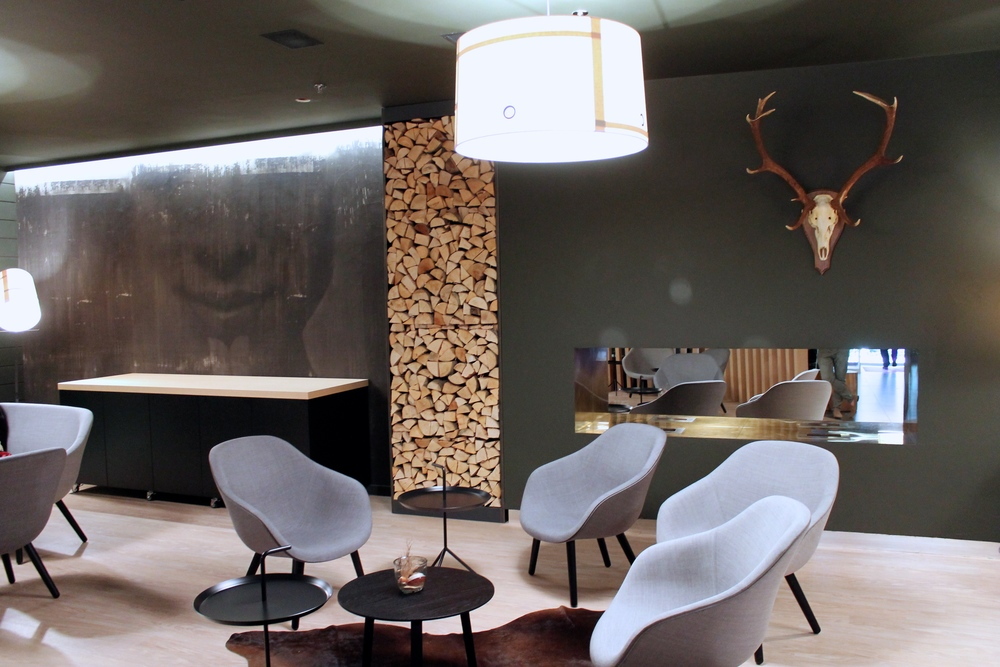 Modern Hotel Design Lobby