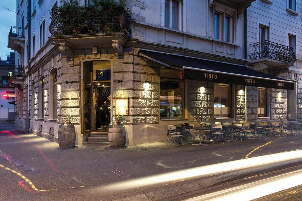 Restaurant Design Tinto Zürich Florian Studer Eingang.jpg