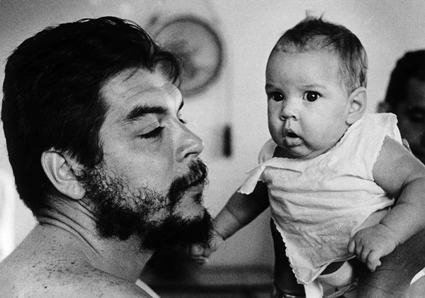 Che and His Daughter.