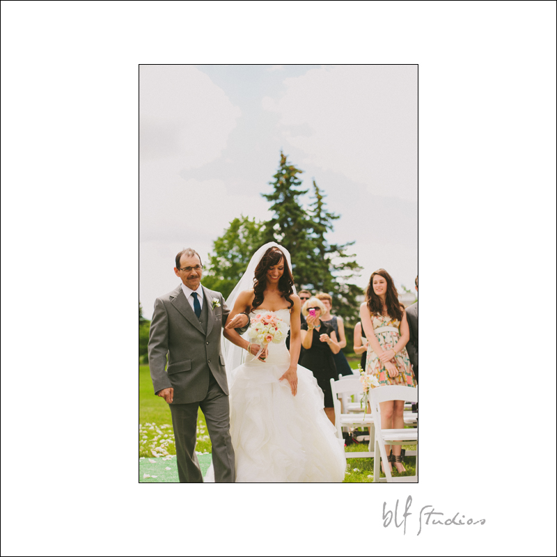 Winnipeg wedding at The Gates on Roblin photographer
