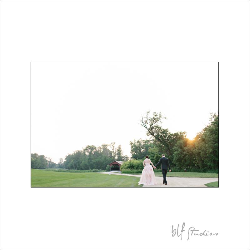 Outdoor wedding photographer at Bridges Golf course