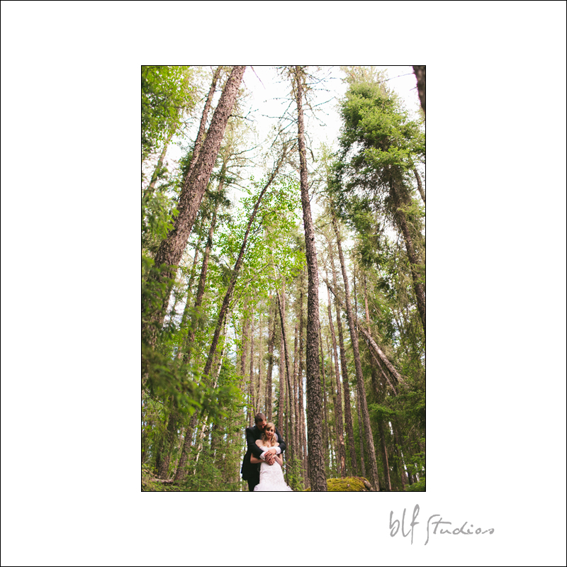 Red Lake Ontario wedding photographer