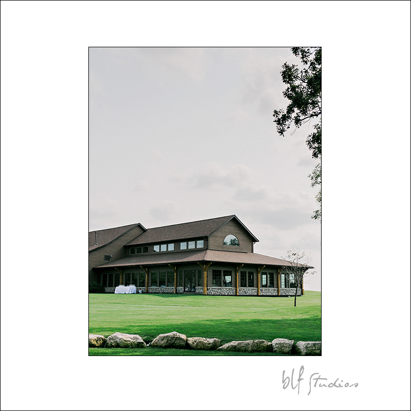 0015blfStudios Bridges Golf Course Wedding.jpg