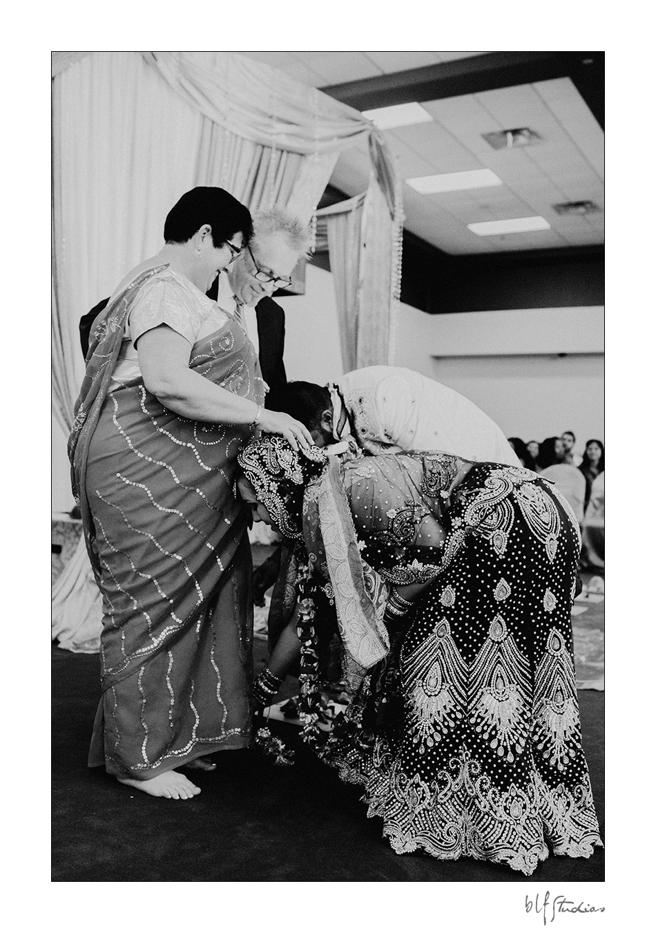 0037blfstudios-winnipeg-hindu-wedding-photos.jpg