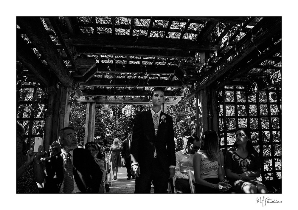 006-Leo-Mol-assiniboinepark-winnipeg-wedding.jpg