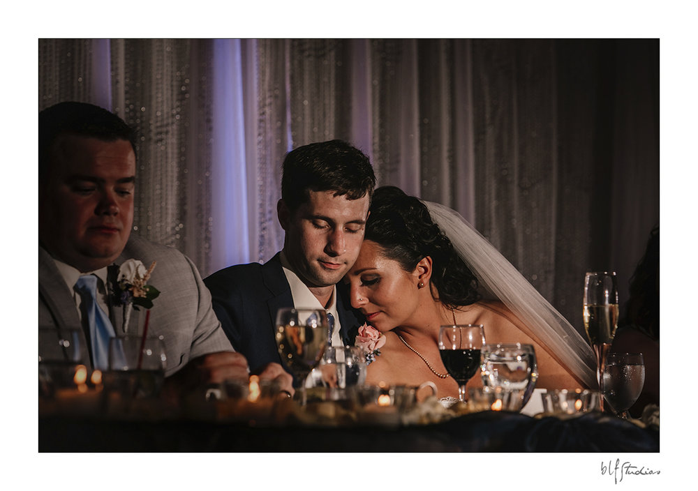 020-Leo-Mol-assiniboinepark-winnipeg-wedding.jpg