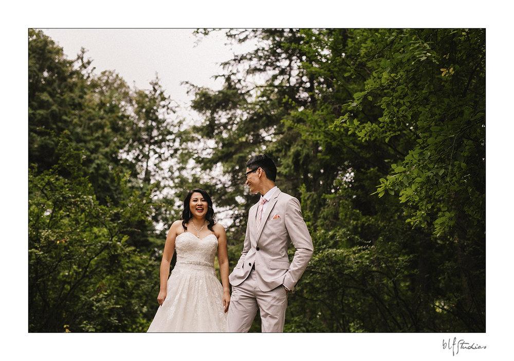 Wedding First Look Assiniboine Park