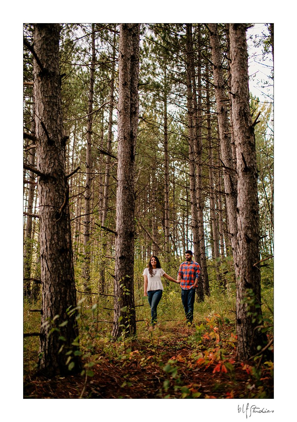 Fall engagement photos Winnipeg