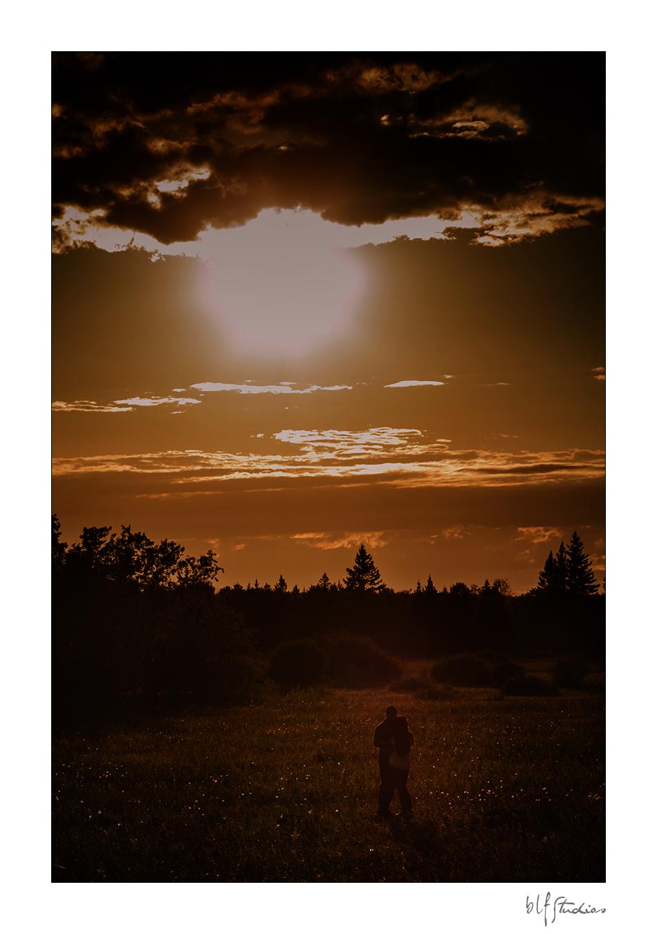 Fall engagement photographers Winnipeg