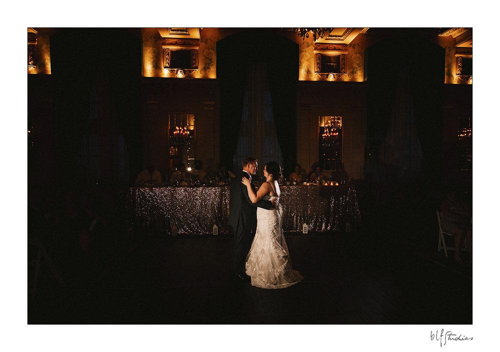 032-winnipeg-hotelfortgarry-wedding.jpg